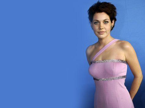 Les 100+ meilleures images de célébrités allemande | allemand, actrice,  coiffures audrey hepburn
