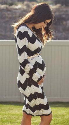 Cute fall/winter black and white maternity dress.