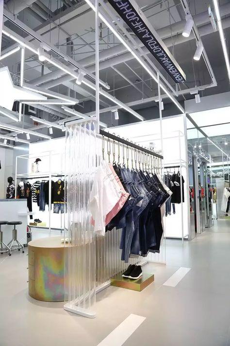 STAVA updated its new brand image, this new opening shop is in Hubei #retail #retailfitout #retaildisplay #fashionwear #fashopndesign #menswear #shopfit #shoplook