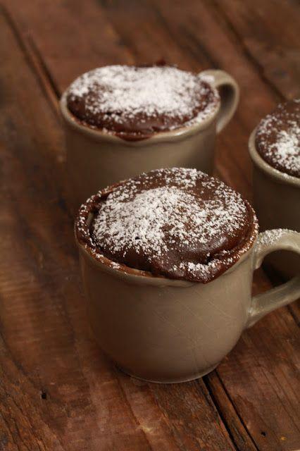"Gâteau express au chocolat en 2 minutes au micro-ondes ou ""coffee mug cake """
