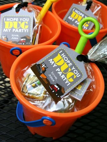 "Guests will ""dig"" these sandy party favors for kids."