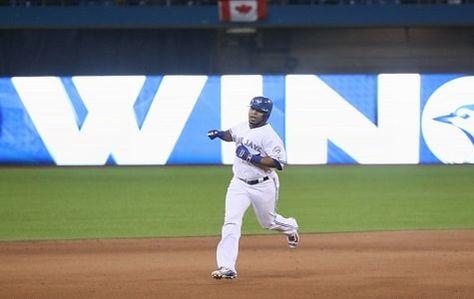 Edwin Encarnación conectó un jonrón en la décima entrada para finalizar el juego y los Azulejos de Toronto derrotaron el viernes 4-3 a los Orioles de Baltimore