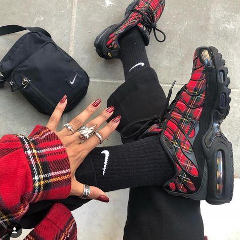 nike women's air max plus tartan