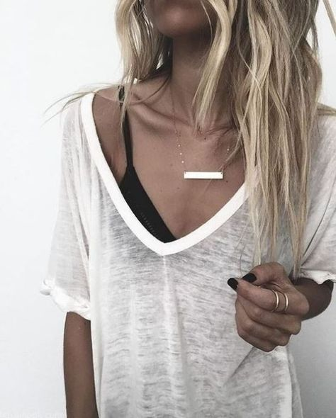 White shirts and bralettes were made for eachother!  #Womensfallfashion, #Womensfalloutfits