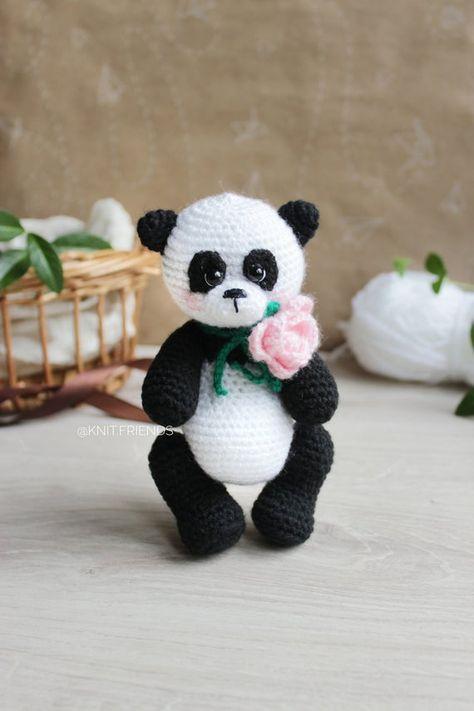 Ravelry: Amigurumi Panda Emzik Zinciri Yapımı pattern by reyhan aslan | 711x474