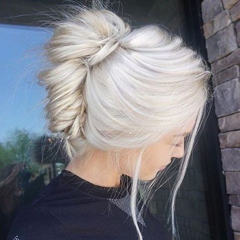 Wear A French Twist - Platinum Blonde Inspiration: Easy Styling Ideas To Try This Summer - Photos