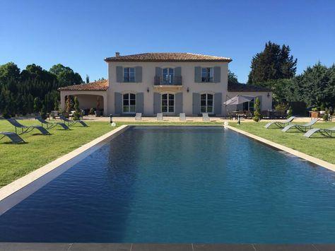 Maisons neuves dans le Luberon  Une Bastide en enduit et pierre - A - credit impot maison neuve
