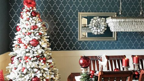 How To Decorate a Flocked Christmas Tree by the King of Christmas Day 5 of  The 12 Days of Christmas
