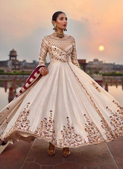 Qalamkar Wedding Suits 108 #Lebaasonline#pakistanisuit#pakistanidesignerdresses#indiansuits#suitsforeidd#festivaldresses#traditionaldresses#weddingdresses#classysuits#shalwarkamiz#indiandresses#ciffonsuits#embroidarysuits#sharara#palazoo#qalamkarsuits#Anarkalisuits#simple suits#onlinedressesUSA#onlinedressesUK#onlineboutique#luxuryindianpakistanioutfit#ethnicwear#celebstyle#bollywooddresses#pakistanibridalwear#vibrantcolor#designerwearpartydresses #newcollection#heavylonganarkali