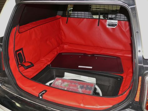 Mini Clubvan Hatchbag Boot Liner With Access Has The Option Of Leaving The Boot Liner In Place Whilst Still Having Easy With Images Boot Liners Car Boot Liner