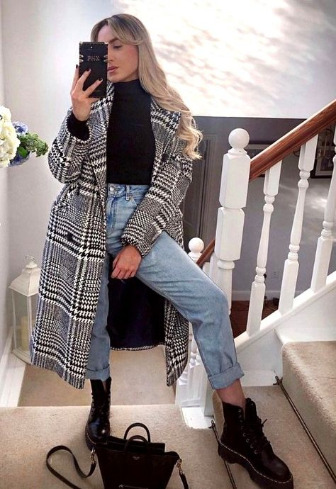 23 hottest women winter outfits ideas to copy in 2020 outfits para lucir tu ropa de invierno Winter Outfits Women, Winter Fashion Outfits, Look Fashion, Dresses In Winter, Korean Fashion, New Girl Fashion, Fashion Ideas, Girls Winter Fashion, Fashion Coat
