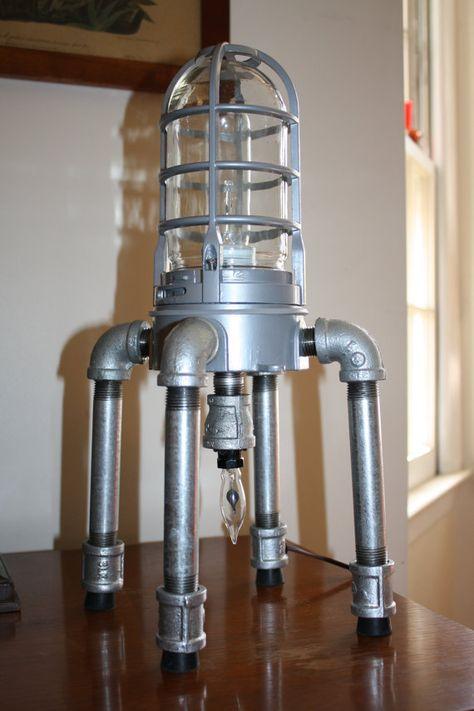 Lampe industrielle Explosion preuve léger ère par RelicsAndRustics