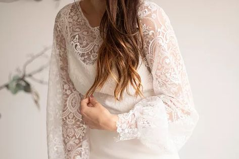 Lizzy | a crepe and lace wedding gown by Hyacinth