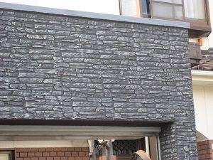 タイル貼のように見えるこの壁 じつはジョリパットという塗装なんです