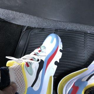 Nike Air Max 270 React Women S Shoe Nike Com Nike Shoes Women Colorful Nike Shoes Best Golf Shoes