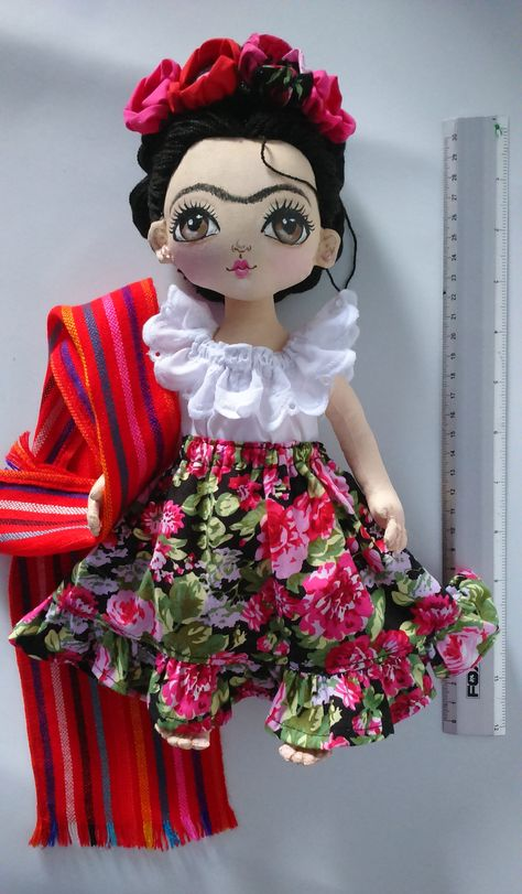 Cada muñeca es única Muñeca del arte de Frida Kahlo