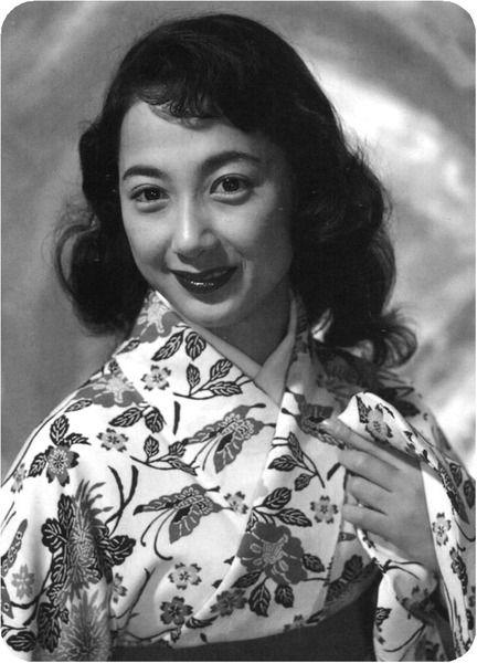 Ohgi Chikage (扇千景) 1933-, Japanese Actress | 昭和 女優, 女優, 慎