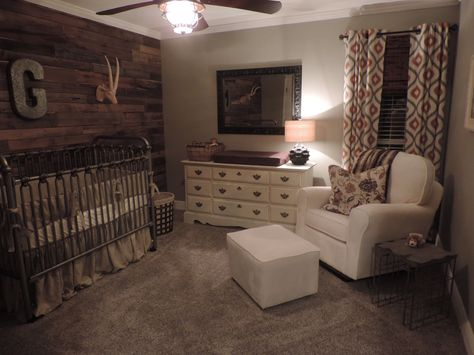 Rustic Nursery i love the pallet wall definently doing this