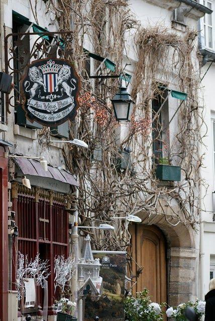 Le Vieux Paris, one of Paris' oldest restaurants