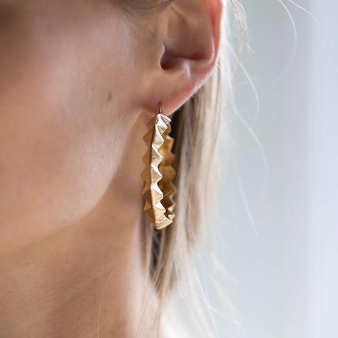 9ct 2 Colour Gold Diamond Cut 4cm Plant Seed Pod Drop Earrings