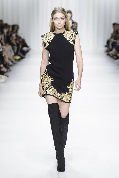 Versace Spring Summer 2018 at Milano Fashion Week (September ready-to-wear collection.
