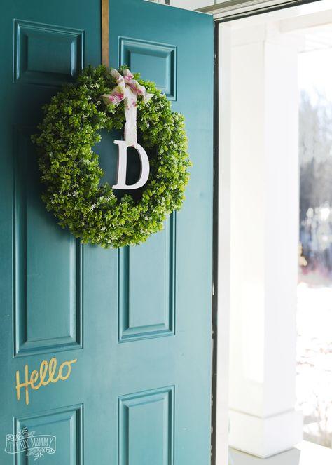Simple DIY Spring Monogram Wreath with a Cricut Explore Air!