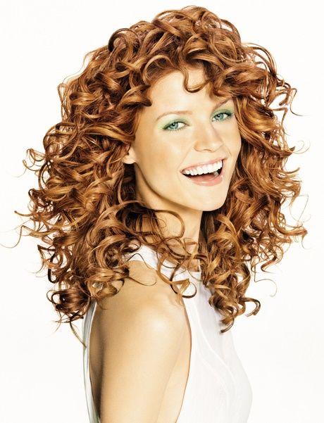 Tägliche Frisuren Für Lockiges Haar Frisuren Einfach