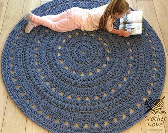 Absolutely Stunning Round Rug 84 1 2 In Doily Rug Lavender Color Carpet Shabby Chic Rug For The Living Room By Lacemats Laceemma In 2020 Knit Rug Crochet Rug Doily Rug