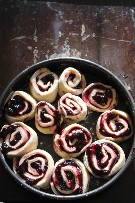 How to Spend Saturday Movie Night with Blueberry Cinnamon Rolls - Step 1: Buy refrigerated can of cinnamon rolls.  Step 2: Add Blueberry Preserves to rolls before baking, with just a dot of butter on top of each roll. Step 3:  Eat ENTIRE pan, while watching movie.  With a friend, if you like.  Repeat as needed.  ~~  Houston Foodlovers Book Club