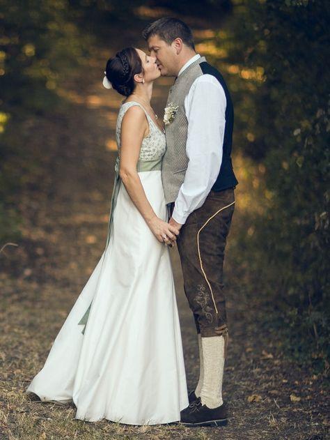 #Trachtenhochzeit im weißen Kleid statt im #Dirndl? Ja! Hier seht ihr Bilder einer echten #Hochzeit