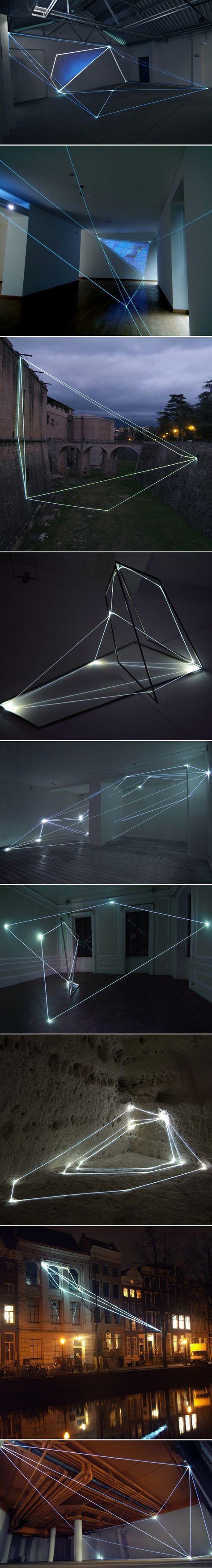 Installations-en-fibre-optique-de-Carlo-Bernardini-2