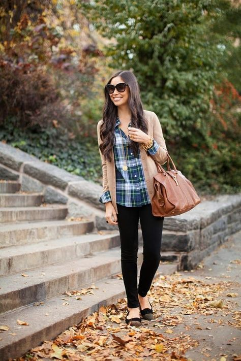 Plaid button up mixed with a camel-colored cardi, skinny jeans, brown bag, and pointy-toed flats.