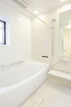 施工事例 浴室 お風呂 優しげな雰囲気のブリックナチュラルで明るい
