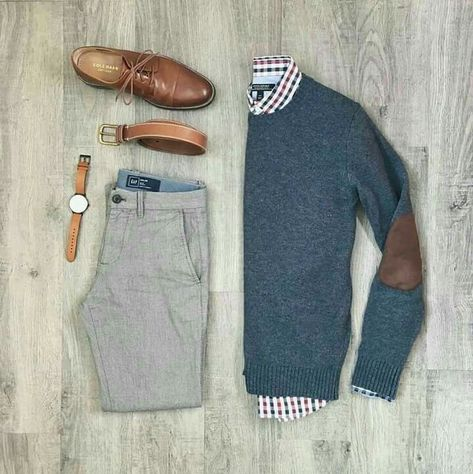 One great thing about men's fashion is that while most trends come and go, men's wear remains stylish and classy. However, for you to remain stylish, there are men's fashion tips you need to observe. Komplette Outfits, Casual Outfits, Fashion Outfits, Blazer Outfits, Fashion Clothes, Fashion Jewelry, Mode Masculine, Men's Wardrobe, Capsule Wardrobe