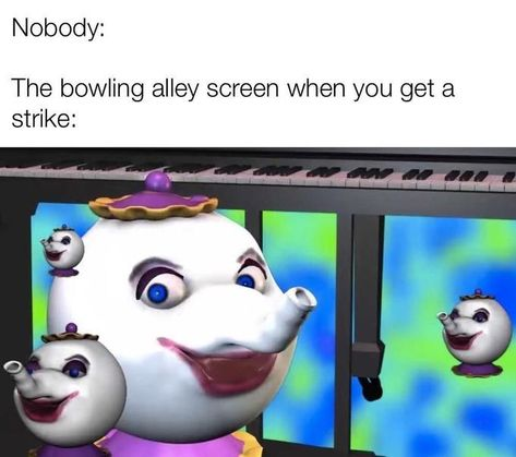 """'Bowling Alley Screen' Memes Might Be The Most WTF Thing We've Seen All Year - Funny memes that """"GET IT"""" and want you to too. Get the latest funniest memes and keep up what is going on in the meme-o-sphere. Really Funny Memes, Stupid Funny Memes, Funny Relatable Memes, Haha Funny, Hilarious, Funny Stuff, Random Stuff, Funniest Memes, Stupid Stuff"""