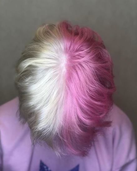 Half Pink Half Blonde I M Doing This But It Ll Be Purple Emo Hair Hair Styles Hair