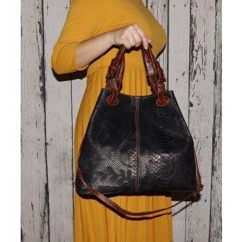 4750d3391 Kožená kabelka hadia koža na plece Talianska čierna Vanda   Kožené ...