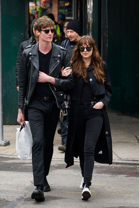 Dakota Johnson and Chris Martin Are Officially Dating - HarpersBAZAAR.com