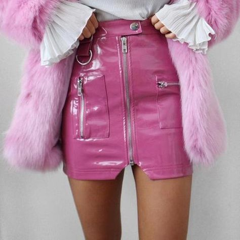 Pink Leather Skirt, Faux Leather Pencil Skirt, Leather Mini Skirts, Pu Leather, Patent Leather, Pink Outfits, Mode Outfits, Skirt Outfits, Pvc Skirt