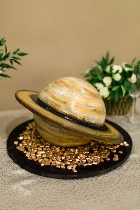 Saturn Groom's Cake - Unique Groom's Cake - Space Groom's Cake - Fun Groom's Cake  #mckinneyweddingplanner #mckinneywedding #mckinneyweddings #weddingplanner #weddingplanning #weddingdetails #groomscake