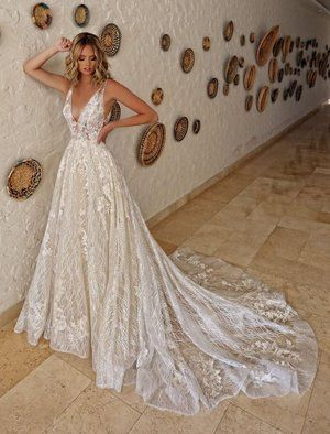 Pin By Bridal Extraordinaire On B E Enzoani Bridal Gown Inspiration Wedding Dresses Vintage Wedding Dress Styles