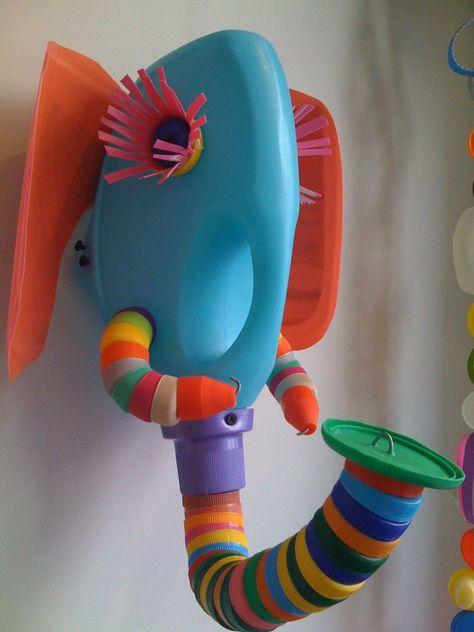 Plastic Bottles Elephant Wall Sculpture Fresh New Ways to Reinvent - plastik mobe phantastisch