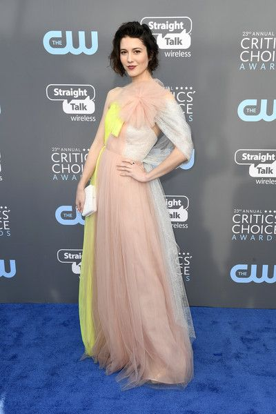Mary Elizabeth Winstead in Delpozo - The Most Daring Dresses at the 2018 Critics' Choice Awards - Photos