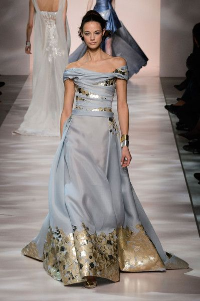 Georges Chakra Fashion Show Spring / Summer 2015 Haute Couture Georges Chakra, Beautiful Gowns, Beautiful Outfits, Couture Fashion, Runway Fashion, Look Fashion, Fashion Show, Couture Dresses, Lace Dresses