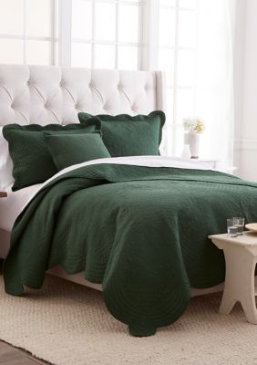 Modern Southern Home Scalloped Tiles Quilt Tiled Quilt Green Comforter Bedroom Scallop Tiles