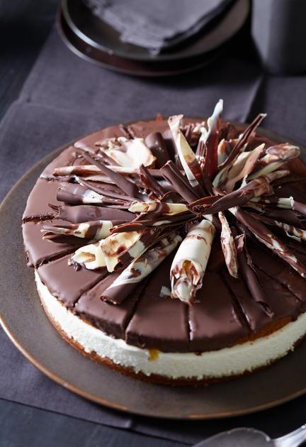Die Runde Variante In Unserer Honigkuchen Orangen Torte Steckt Mascarponecreme Zwischen Lebkuchenboden Und Kuchen Und Torten Rezepte Essen Und Trinken Kuchen