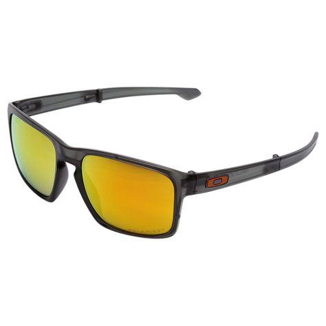 cc61d6725 Os Óculos Oakley Sliver F Matte - Iridium Polarizado Marrom são a boa  pedida para se proteger do sol com estilo e irreverência.