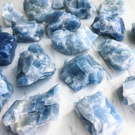 Crystal Crown Natural Real Stone Crystals Iodized Quartz Points Amethyst and Angel Aura Quartz Quartz Crown