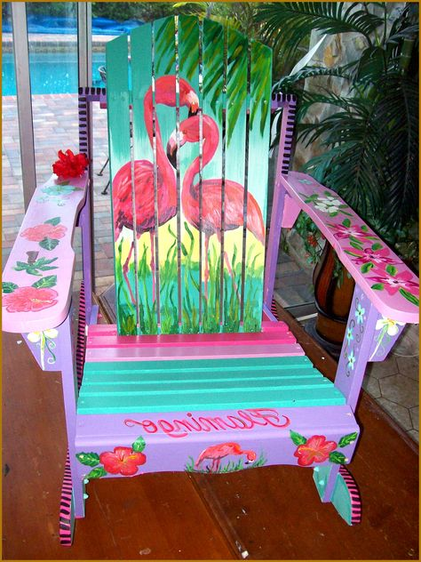 ❤️❤️Two of my most favorite things! Adirondack chair and flamingos!