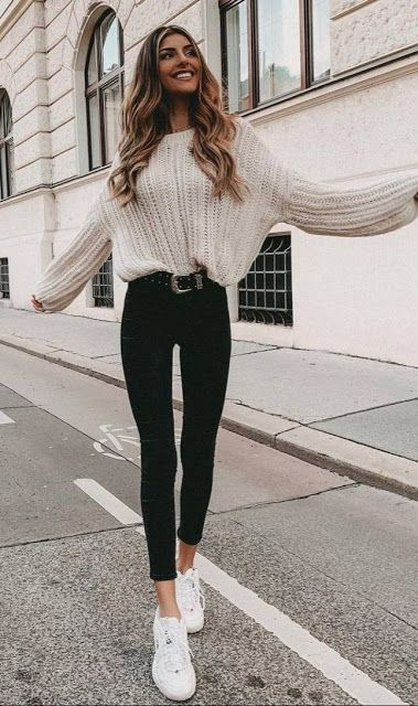 Trendy Street Style Winter Outfits #womenoutfits #style #outfitideas